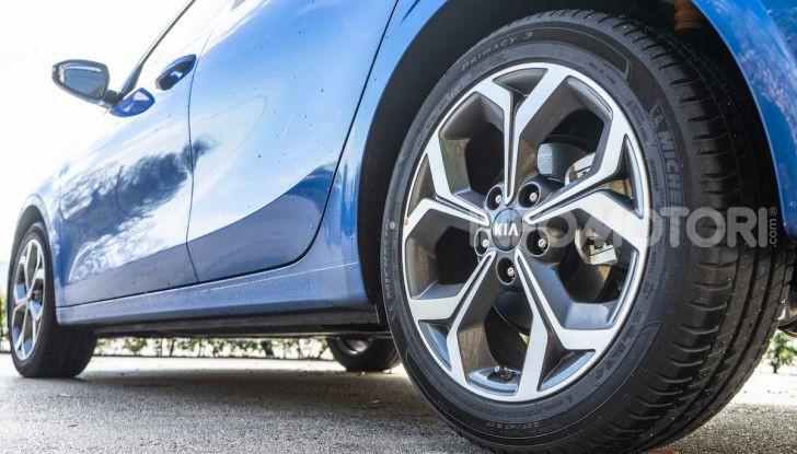 Nuova Kia Ceed motori, prezzi e prova su strada - Foto 15 di 32