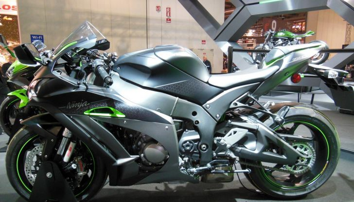Kawasaki a Eicma: per superbikers e non solo - Foto 4 di 23