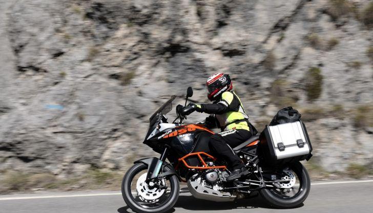 KTM 1050 Adventure: Prova su strada, prestazioni e prezzo - Foto 37 di 48