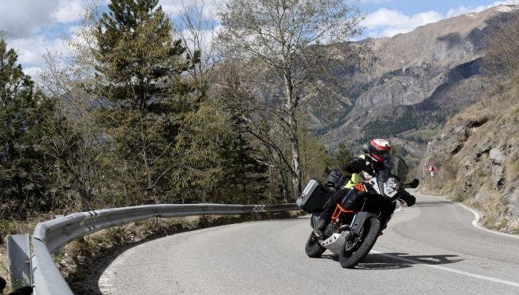 KTM 1050 Adventure: Prova su strada, prestazioni e prezzo - Foto 40 di 48