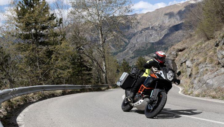 KTM 1050 Adventure: Prova su strada, prestazioni e prezzo - Foto 41 di 48