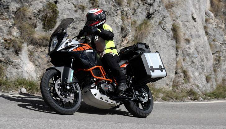 KTM 1050 Adventure: Prova su strada, prestazioni e prezzo - Foto 46 di 48