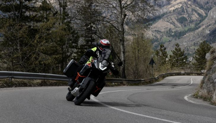 KTM 1050 Adventure: Prova su strada, prestazioni e prezzo - Foto 47 di 48