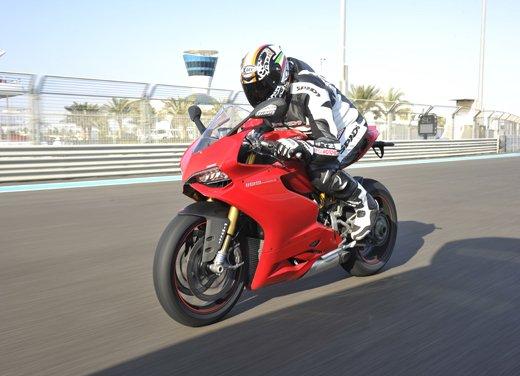 Ducati 1199 Panigale: il video del test ride a Yas Marina - Foto 6 di 11