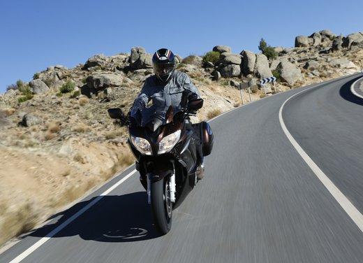 L'innovazione arriva dal turismo: Yamaha FJR 1300A - Foto 4 di 30