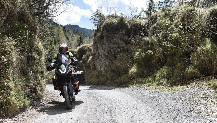 KTM 1050 Adventure: Prova su strada, prestazioni e prezzo - Foto 4 di 48
