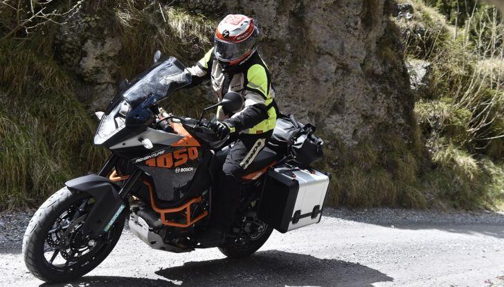 KTM 1050 Adventure: Prova su strada, prestazioni e prezzo - Foto 15 di 48