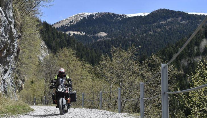 KTM 1050 Adventure: Prova su strada, prestazioni e prezzo - Foto 23 di 48