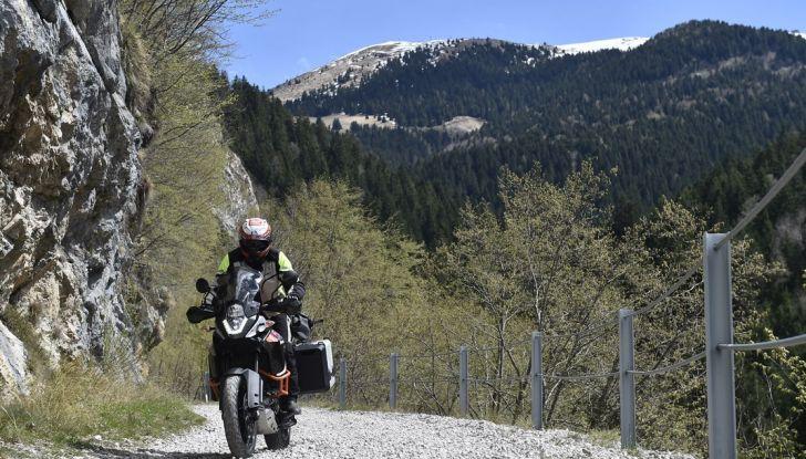 KTM 1050 Adventure: Prova su strada, prestazioni e prezzo - Foto 26 di 48