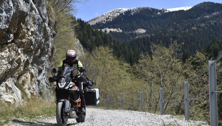 KTM 1050 Adventure: Prova su strada, prestazioni e prezzo - Foto 27 di 48