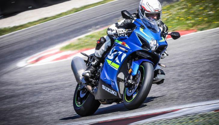 Prova in pista Suzuki GSX-R 1000 2017: il Ritorno del Re - Foto 6 di 24