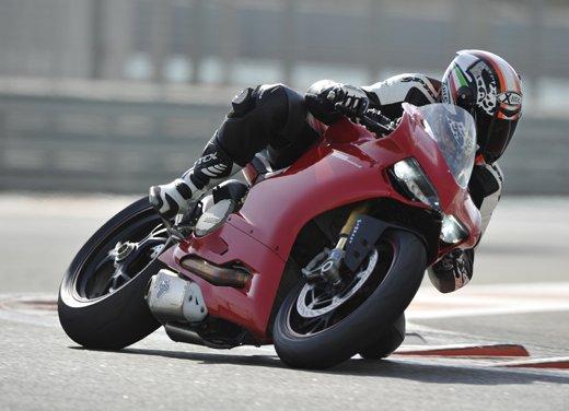 Ducati 1199 Panigale: il video del test ride a Yas Marina - Foto 10 di 11