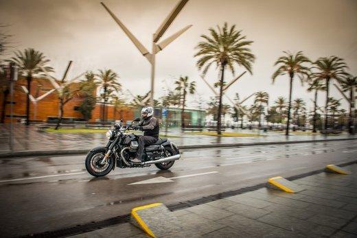 Moto Guzzi California 1400: La Custom secondo Moto Guzzi - Foto 2 di 4