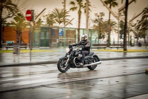 Moto Guzzi California 1400: La Custom secondo Moto Guzzi - Foto 3 di 4