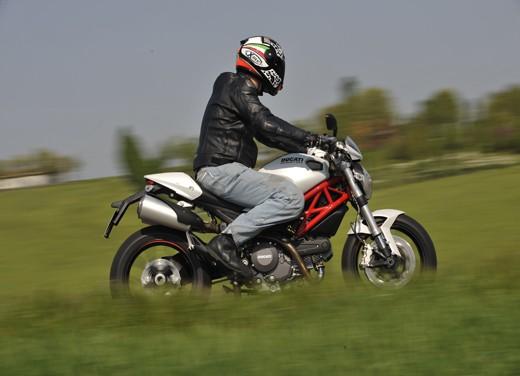Ducati Monster 796: la via di mezzo che unisce l'utile al dilettevole - Foto 15 di 21