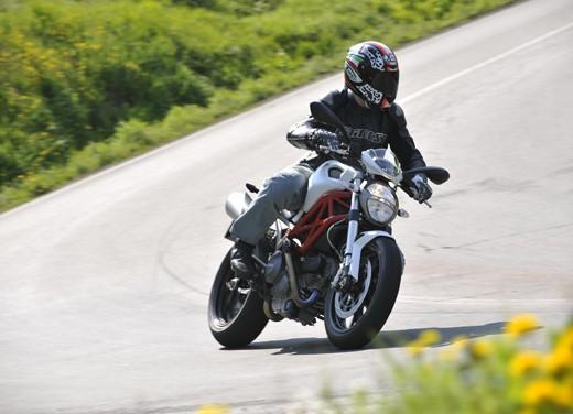Ducati Monster 796: la via di mezzo che unisce l'utile al dilettevole - Foto 18 di 21