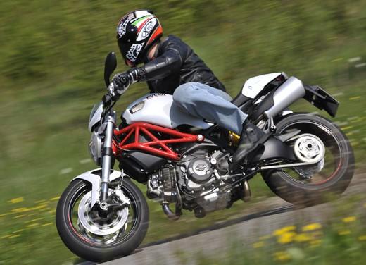 Ducati Monster 796: la via di mezzo che unisce l'utile al dilettevole