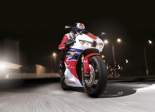 Honda CBR600RR C-ABS - Foto 14 di 19