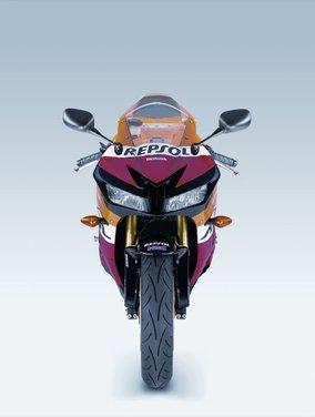 Honda CBR600RR C-ABS - Foto 17 di 19