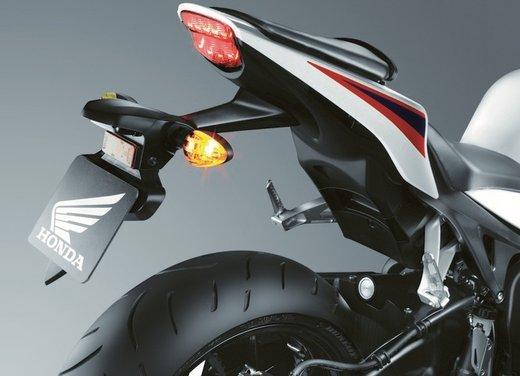 Honda CBR1000RR Fireblade - Foto 8 di 20
