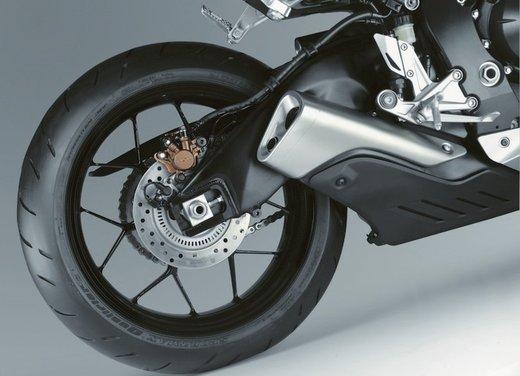 Honda CBR1000RR Fireblade - Foto 9 di 20