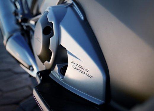 Honda Integra, compreso nel prezzo il bauletto per due caschi integrali - Foto 39 di 39