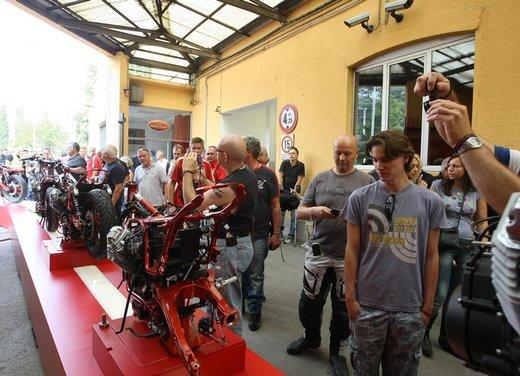 Moto Guzzi prosegue la festa per i suoi 90 anni - Foto 33 di 57