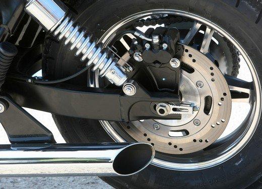 Triumph Speedmaster: prova su strada della cruiser equilibrata - Foto 21 di 33