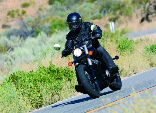 Honda Shadow 750 Black Spirit - Foto 7 di 10