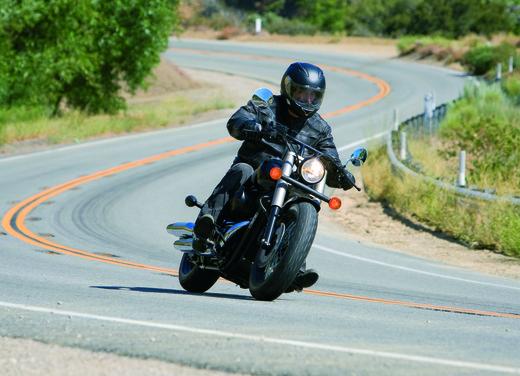 Honda Shadow 750 Black Spirit - Foto 8 di 10