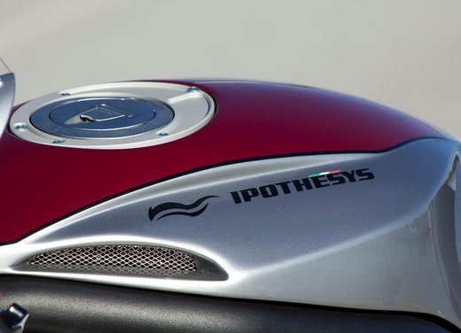 Moto Guzzi Ipothesys by Officine Rossopuro - Foto 7 di 14