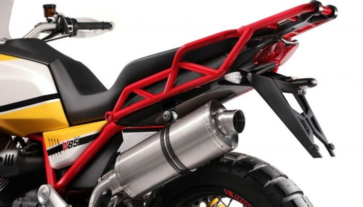 Moto Guzzi V85TT: ecco il prezzo ufficiale - Foto 7 di 11