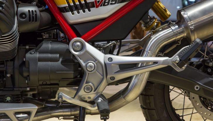 Moto Guzzi V85TT: ecco il prezzo ufficiale - Foto 10 di 11