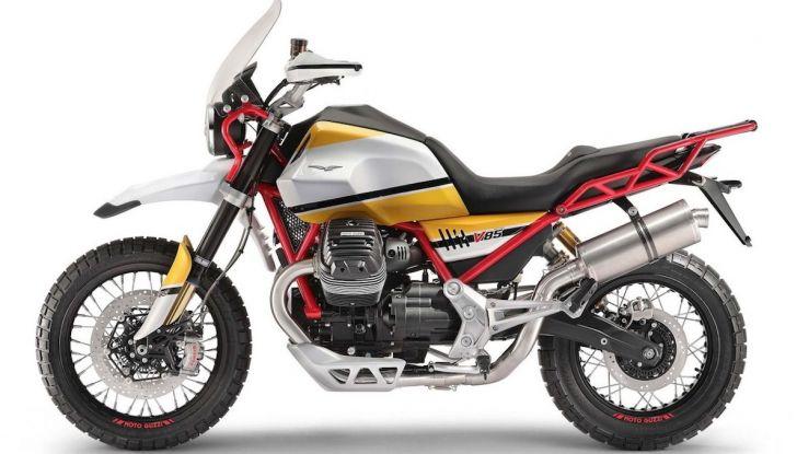 Moto Guzzi V85TT: ecco il prezzo ufficiale - Foto 2 di 11