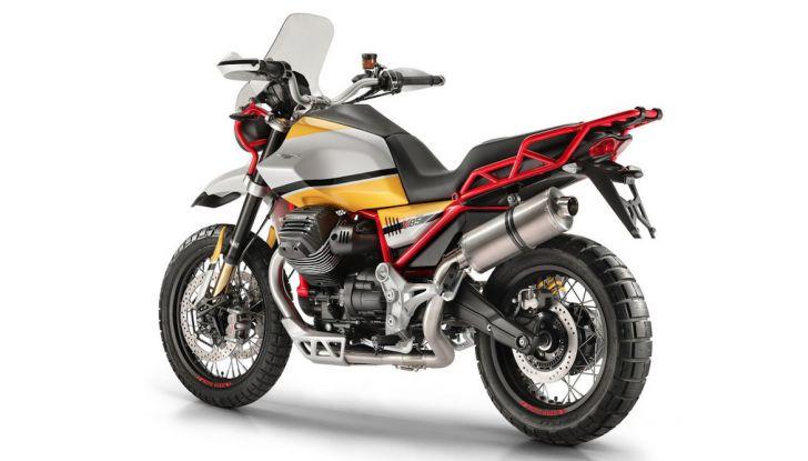 Moto Guzzi V85TT: ecco il prezzo ufficiale - Foto 3 di 11