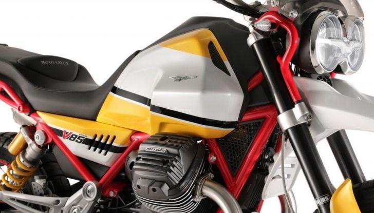 Moto Guzzi V85TT: ecco il prezzo ufficiale - Foto 6 di 11
