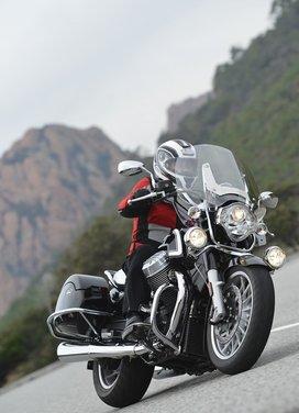 Moto Guzzi California 1400 Touring: la prova su strada dell'ammiraglia Guzzi - Foto 7 di 32