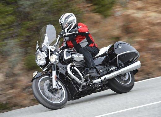 Moto Guzzi California 1400 Touring: la prova su strada dell'ammiraglia Guzzi - Foto 8 di 32