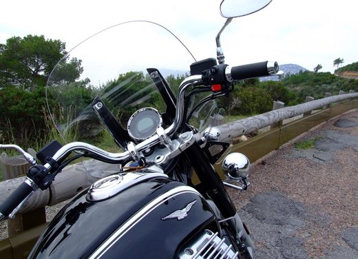 Moto Guzzi California 1400 Touring: la prova su strada dell'ammiraglia Guzzi - Foto 16 di 32