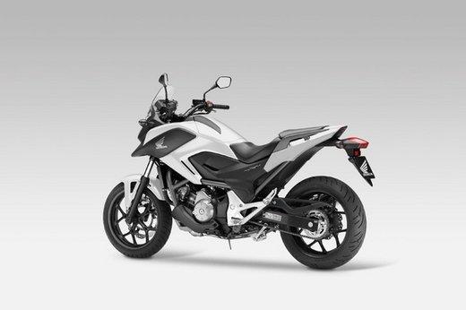 Honda NC 700X successo di vendite grazie al prezzo competitivo - Foto 1 di 6