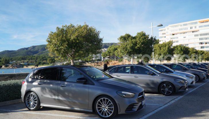 Nuova Mercedes Classe B prova su strada, allestimenti e motori - Foto 4 di 10