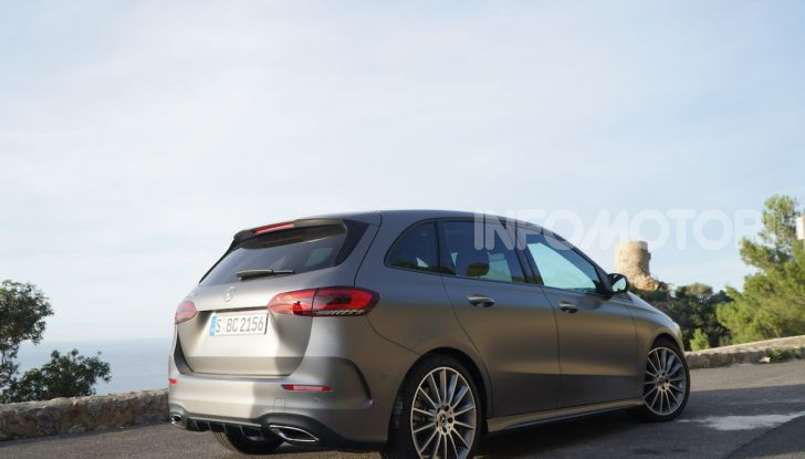 Nuova Mercedes Classe B prova su strada, allestimenti e motori - Foto 10 di 10
