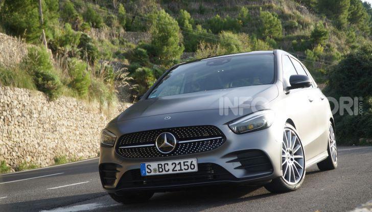 Nuova Mercedes Classe B prova su strada, allestimenti e motori - Foto 1 di 10
