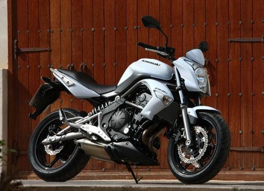 Kawasaki Er-6n 2009 - Foto 10 di 25