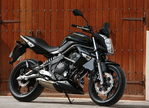 Kawasaki Er-6n 2009 - Foto 12 di 25