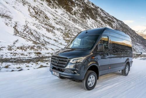 Nuovo Mercedes-Benz Sprinter 4×4: più efficienza, sicurezza e comfort - Foto 14 di 17
