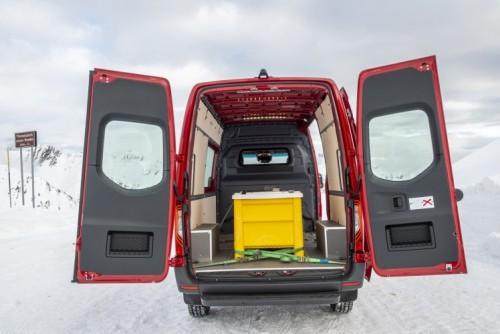 Nuovo Mercedes-Benz Sprinter 4×4: più efficienza, sicurezza e comfort - Foto 17 di 17