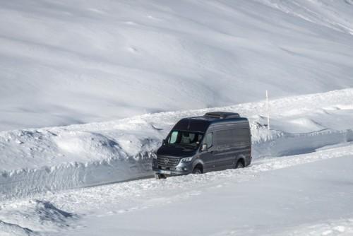 Nuovo Mercedes-Benz Sprinter 4×4: più efficienza, sicurezza e comfort - Foto 4 di 17