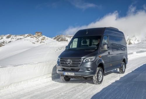 Nuovo Mercedes-Benz Sprinter 4×4: più efficienza, sicurezza e comfort - Foto 2 di 17