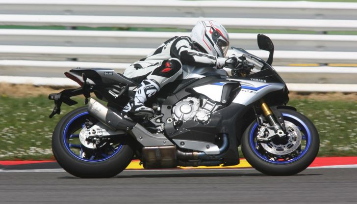 A Misano con Yamaha Supersport Pro Tour 2016: Adrenalina a mille! - Foto 20 di 60
